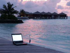 Laptop-on-holiday-300x225